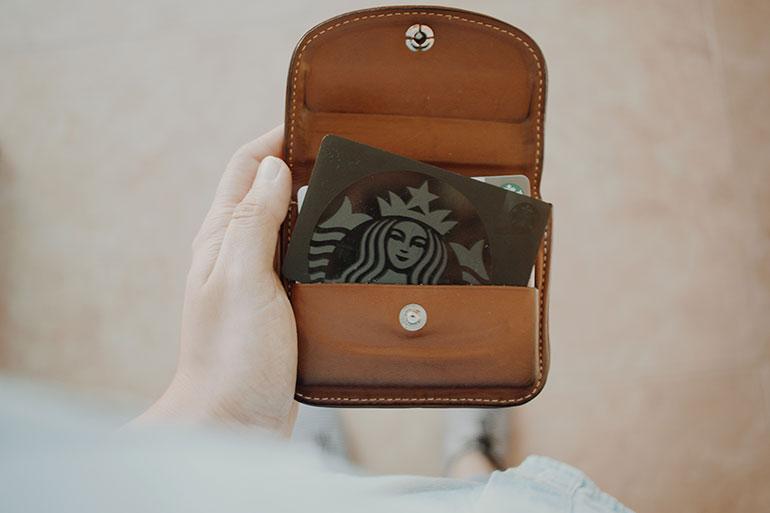 Personalization-enhances-customer-loyalty