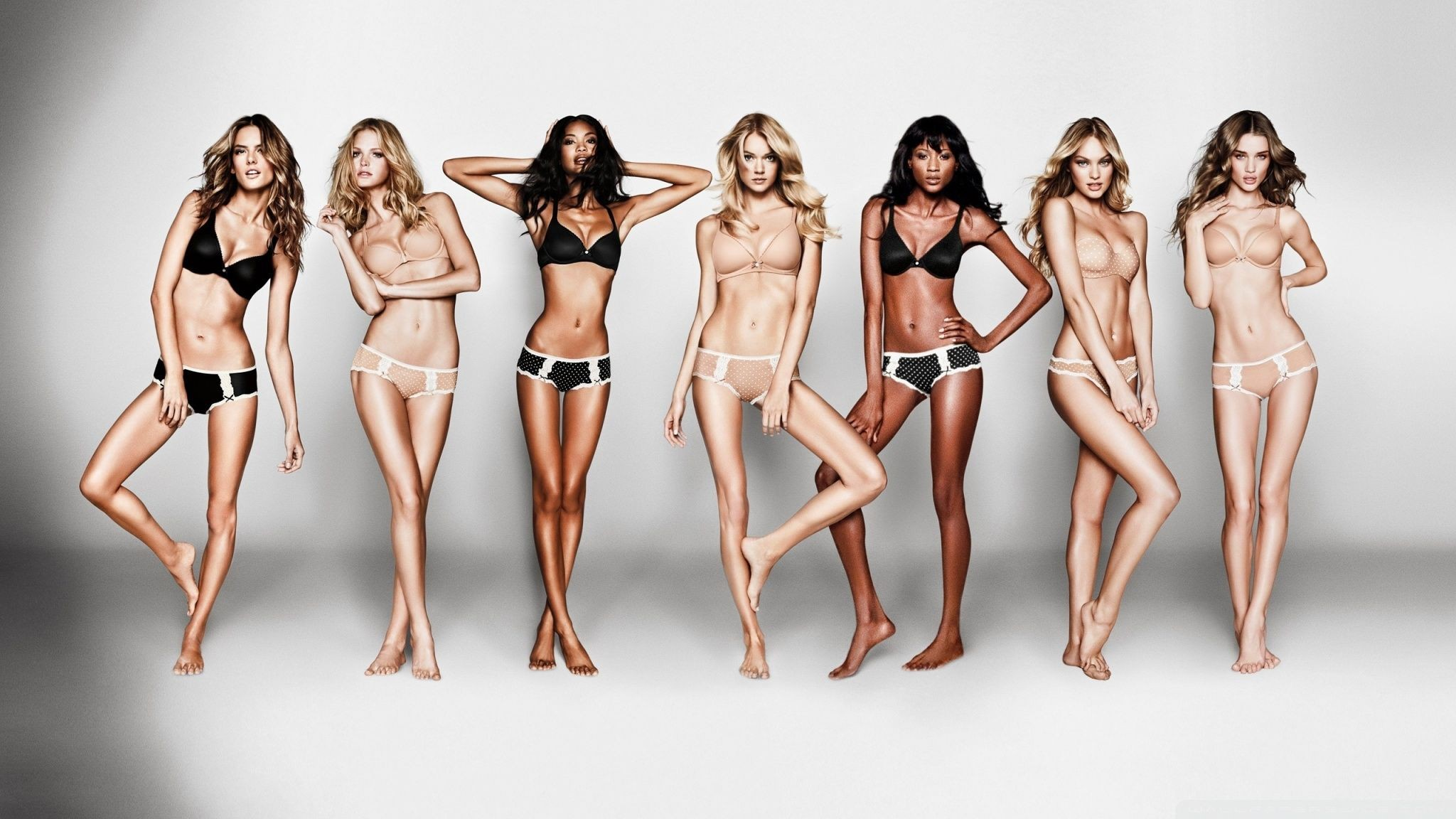 How Victoria's Secret Revolutionized Lingerie And Then Fell Behind-fig 3