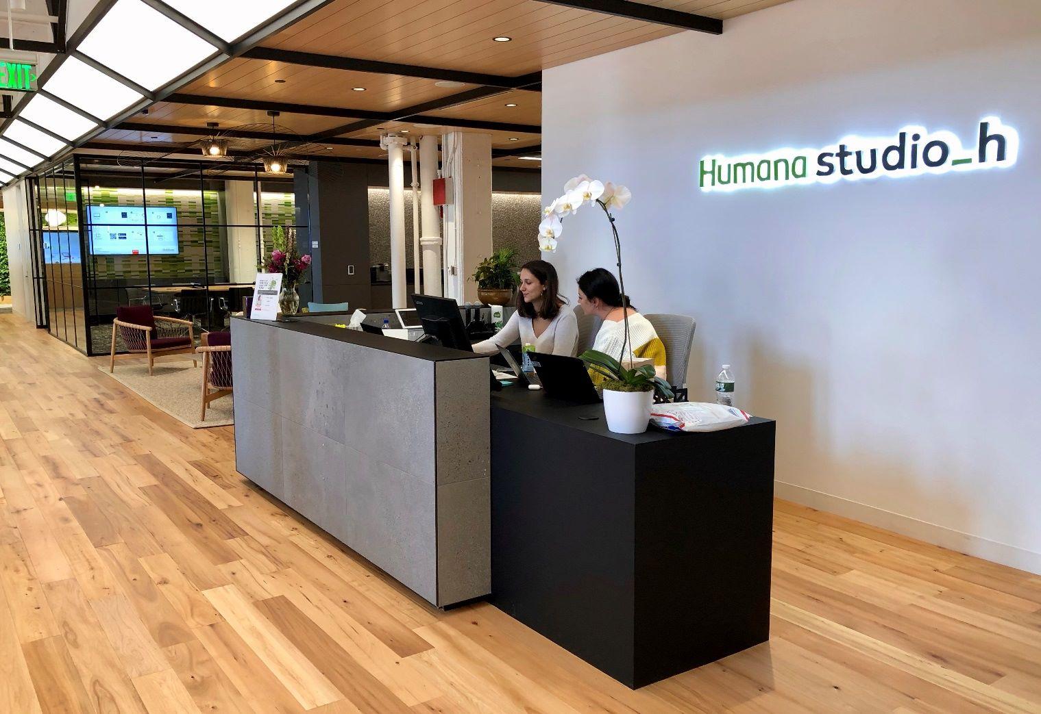 a frontdesk at Humana studio h