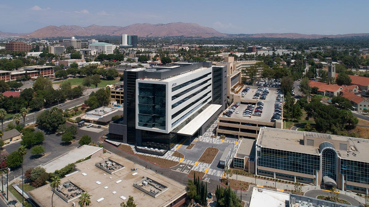 overall building of an HCA hospital