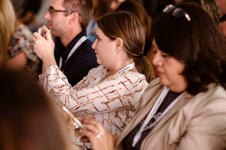 Women in a SEO conference event