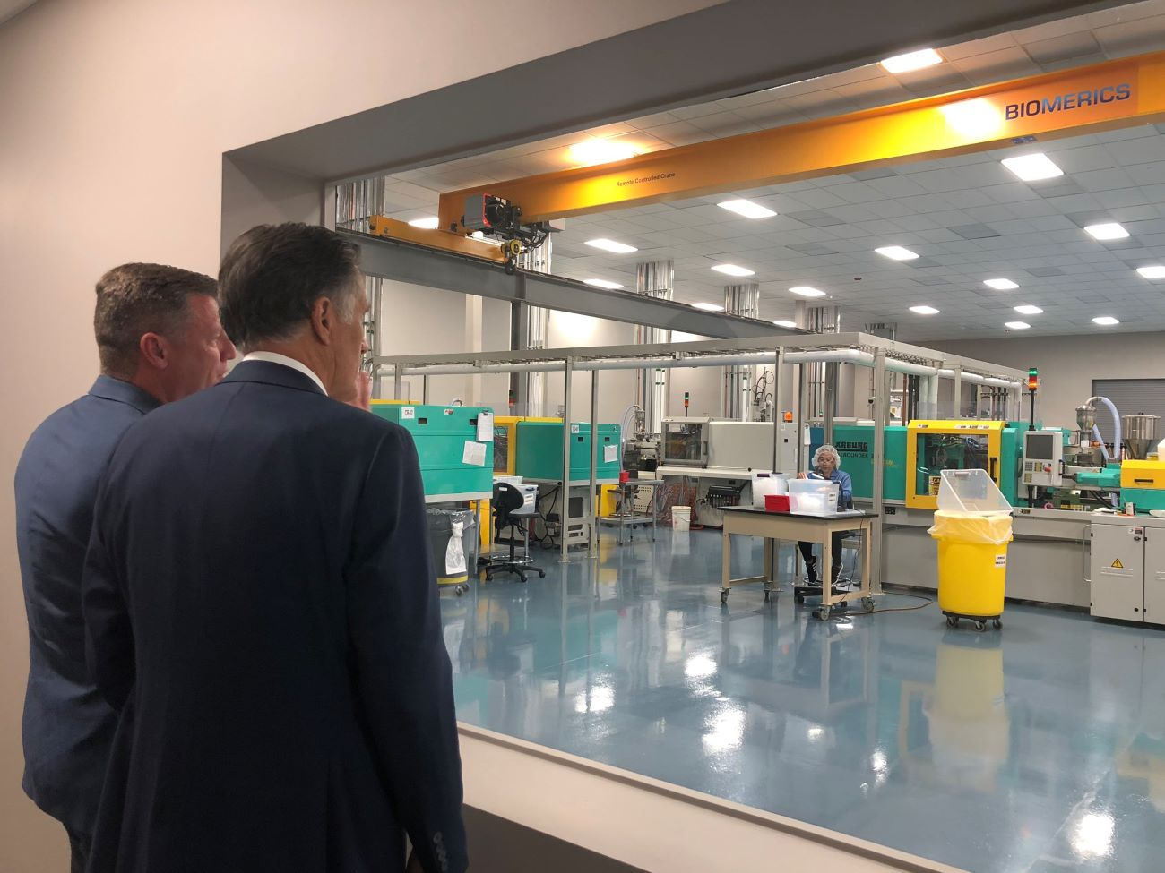 Mitt Romney on tour at Biomedical device manufacture plant