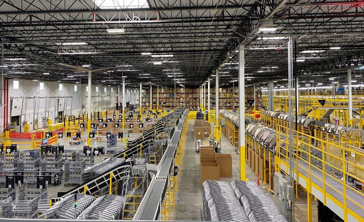 Amazon warehouse in Nashville