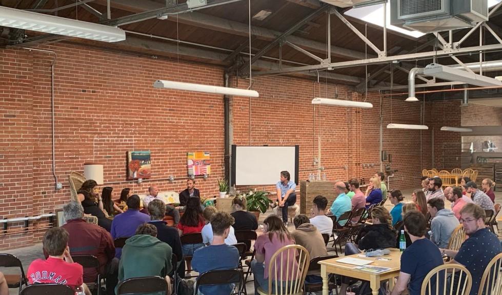 Self entrepreneurs in a meetup event