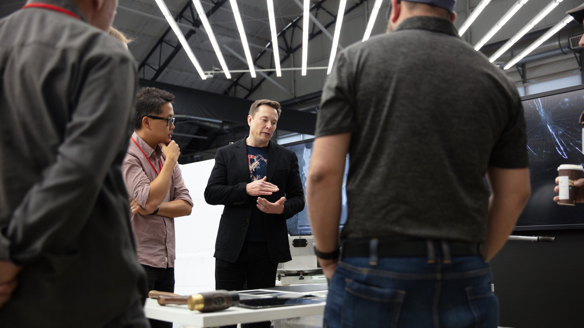 Elon Musk collaborate with the design team