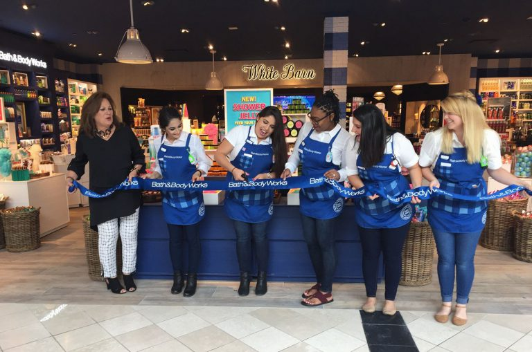 Small business owners open Bath & Body Works store