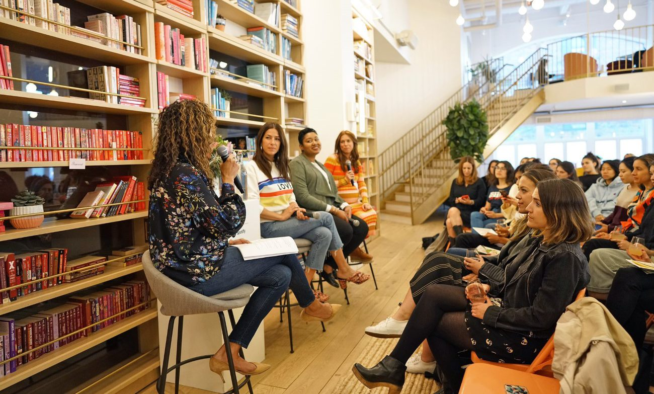 Vicki Fulop in a meetup talk with female entrepreneurs