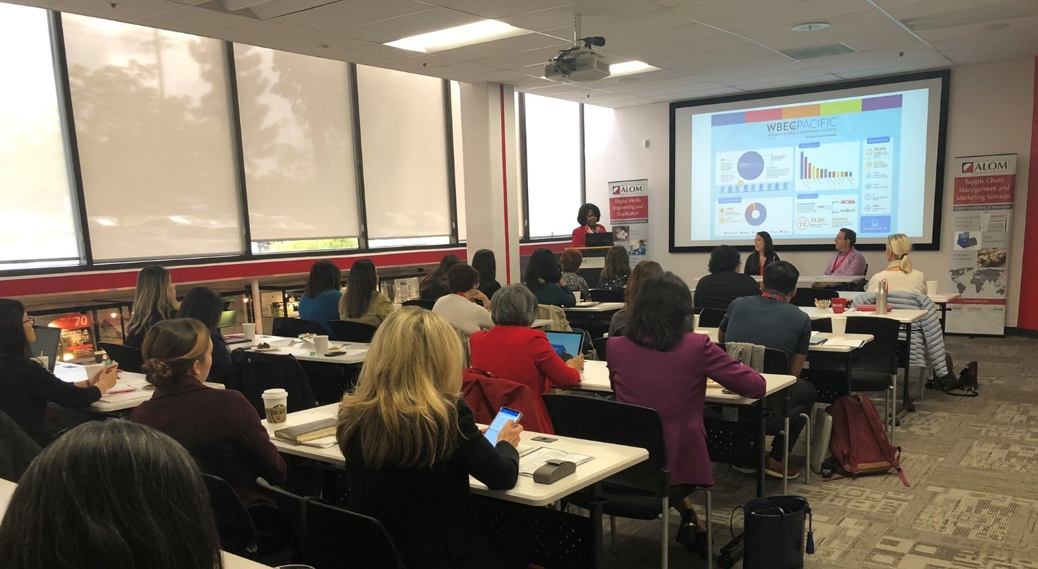 small business owners work with SBA staff on financial planning