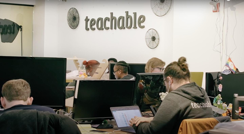 Teachable engineering team collaborate on product design