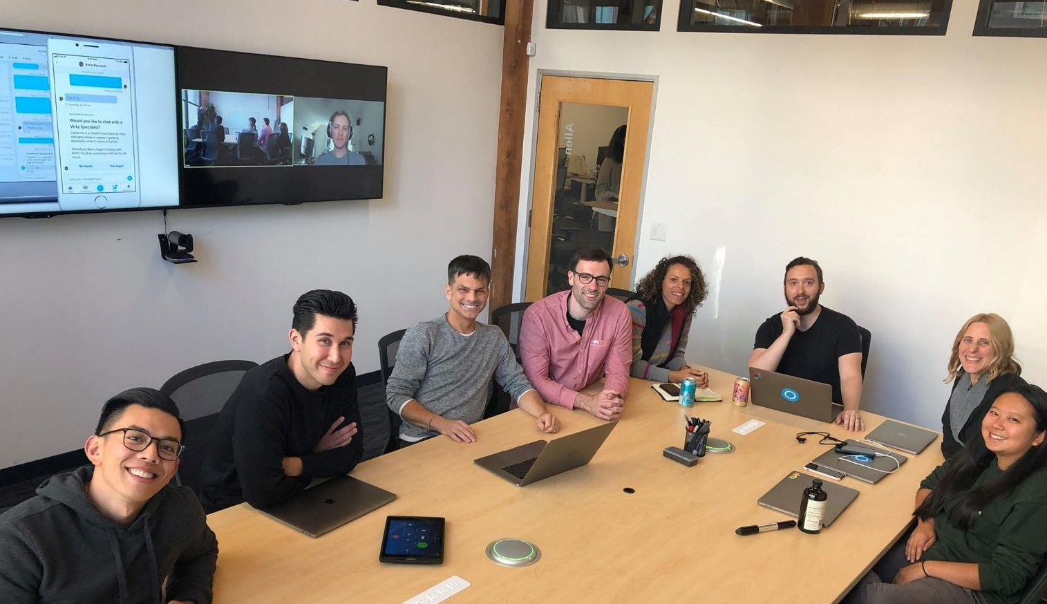 Virta Health team collaborate on product roadmap