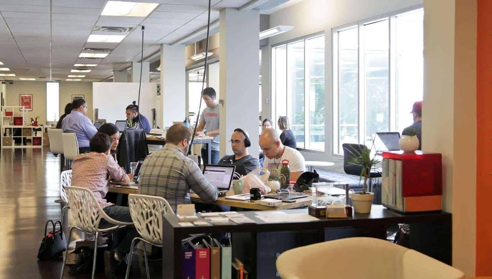 Entrepreneurs colloabrate in an incubator in Phoenix