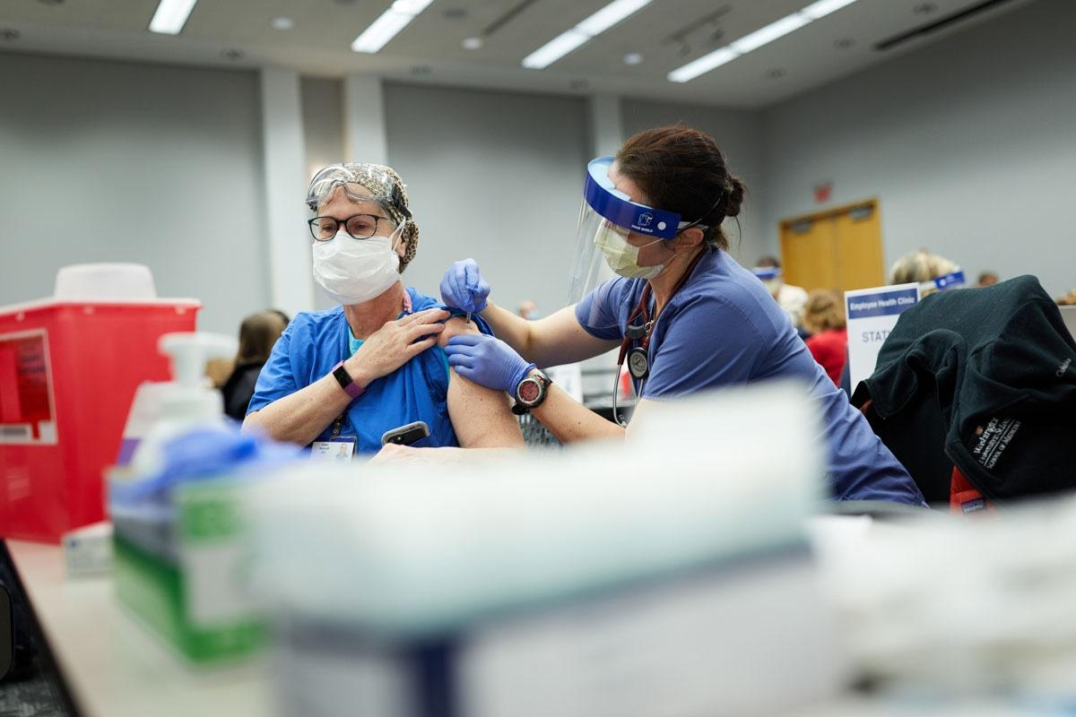 Healthcare professionals vaccinated patients