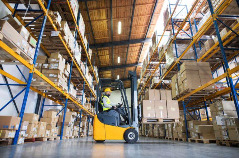 Ware2go staff transport cargo on shelves