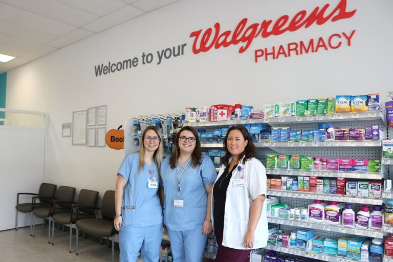 Walgreens staff and pharmacy staff collaborate