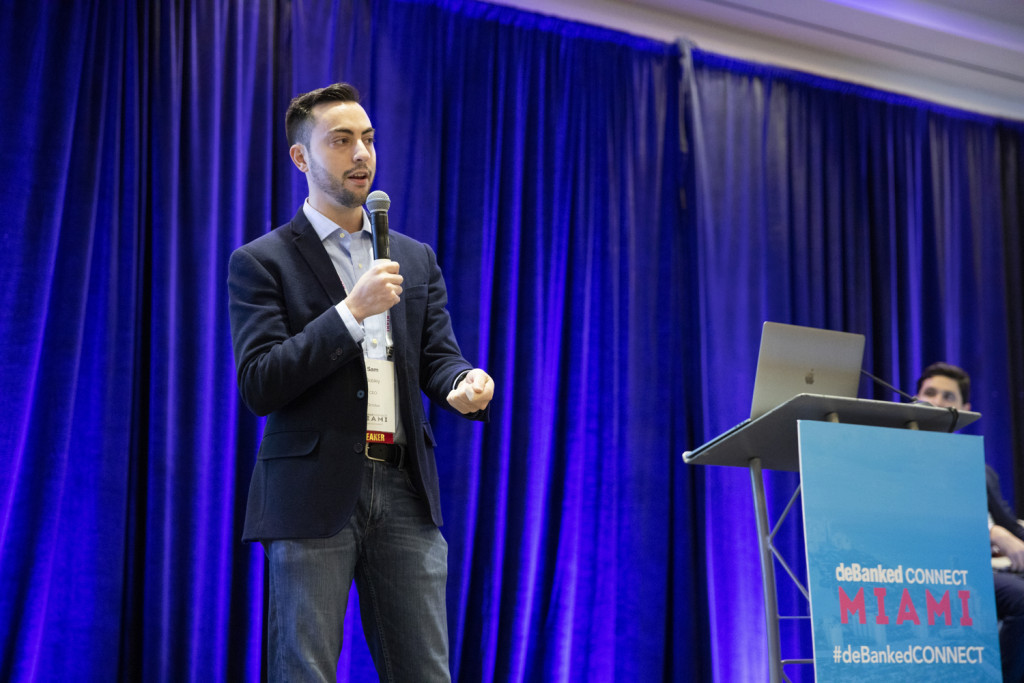 Ocrolus CEO speaks to audience at deBanked connect Miami