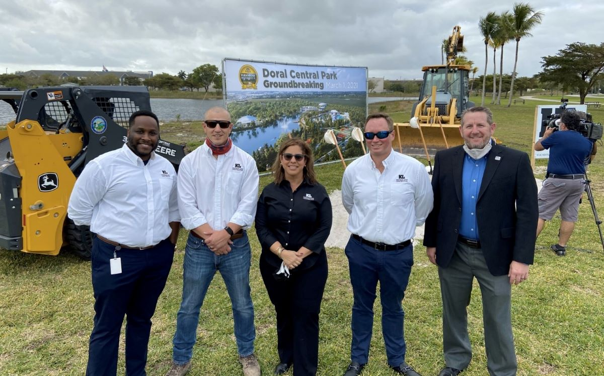 Kaufman Lynn Construction engineers in a groundbreaking event