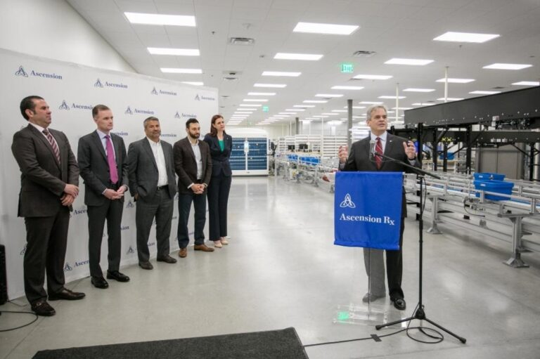Ascension leadership makes announcement at a lab