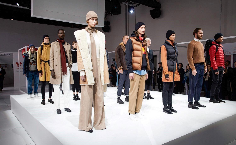 Uniqlo models in a show demo